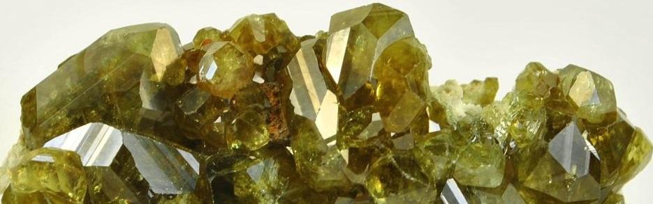 Неограненный камень