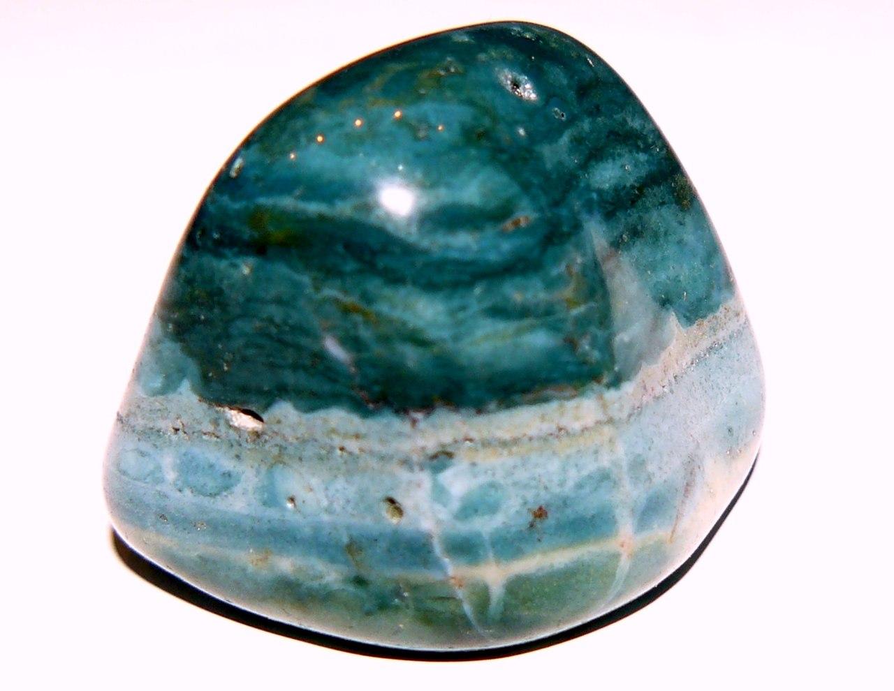 Халцедон камень свойства