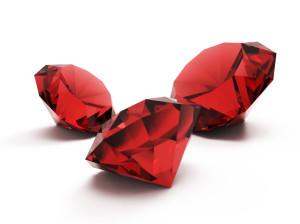 Красные ограненные камни