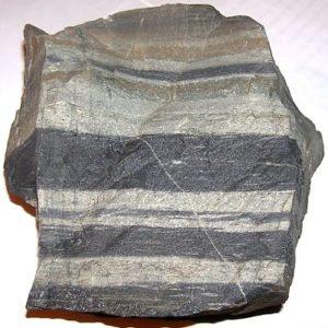 Камень в полосочку