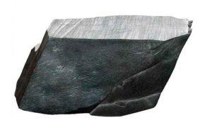 Гладкий серый камень