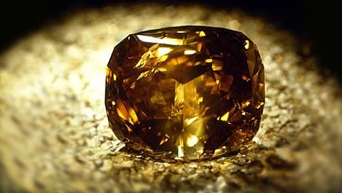 Коричневый алмаз