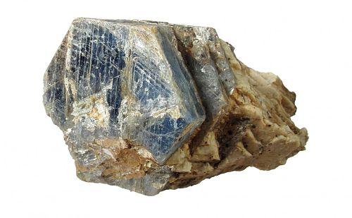Камень корунд